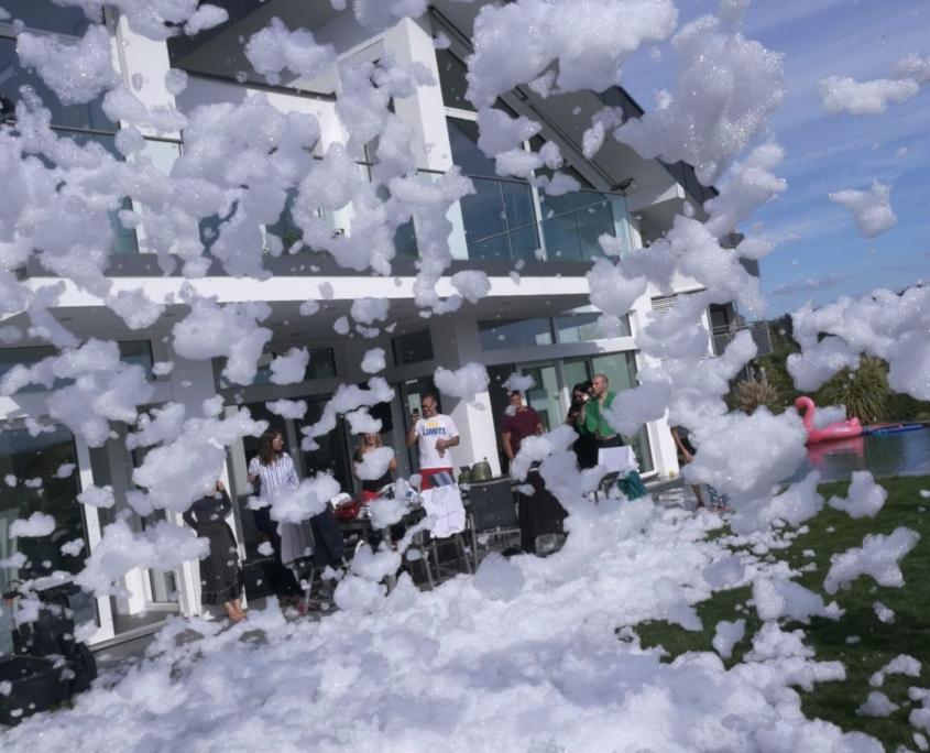 Schaumkanone für Schaumpartys mieten in Stuttgart